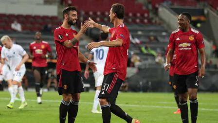 Selebrasi Bruno Fernandes usai setelah mencetak gol pada titik penalti pada perempat Final Liga Eropa.