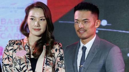 Dikenal sebagai salah satu pasangan bulutangkis yang fenomenal, beginilah kisah perjalanan 'cinta sejati' dua legenda bulutangkis China Lin Dan dan Xie Xingfang. - INDOSPORT
