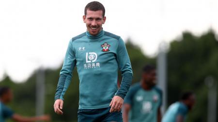 Di balik kepindahan Pierre-Emile Hojbjerg ke Tottenham Hotspur, terdapat peran dari si anak hilang, Christian Eriksen. - INDOSPORT