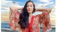 Indosport - Aktris senior, Diah Permatasari menjadi sorotan ketika mengajak netizen untuk rajin bersepeda setiap hari.