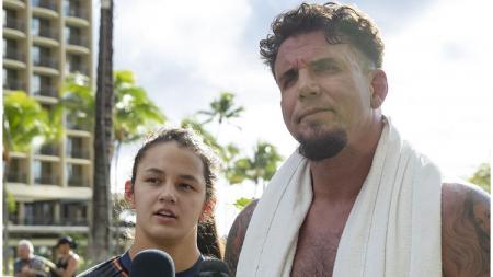 Petarung UFC, Frank Mir, dan putrinya, Isabella Mir. - INDOSPORT