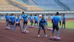 Indosport - Pemain muda Persib Bandung, Saiful, merasa nyaman bergabung dengan tim berjuluk Maung Bandung untuk persiapan mengarungi lanjutan Liga 1 2020.
