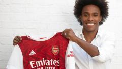 Indosport - Setelah resmi hengkang dari Chelsea ke Arsenal, ternyata Willian memiliki gaji yang lebih tinggi dari trio maut Liverpool.