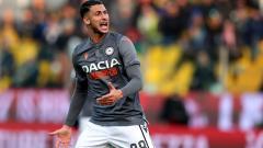 Indosport - Raksasa Serie A Liga Italia, Juventus, bakal membuat AC Milan mendapat berkah tak terkira usai berencana memulangkan pemainnya, Rolando Mandragora.