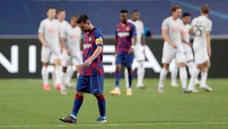 Lionel Messi terpukul setelah Barcelona dibobol Bayern Munchen dalam laga perempatfinal Liga Champions 2019/20, Sabtu (15/08/20) dini hari.