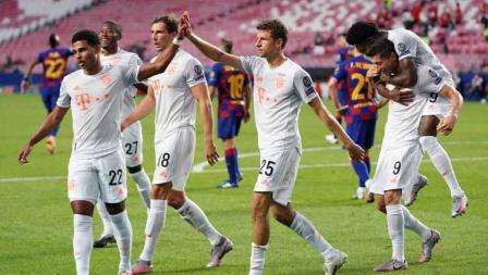 Selebrasi Thomas Mueller usai mencetak gol ke gawang Barcelona dalam laga perempatfinal Liga Champions 2019/20.