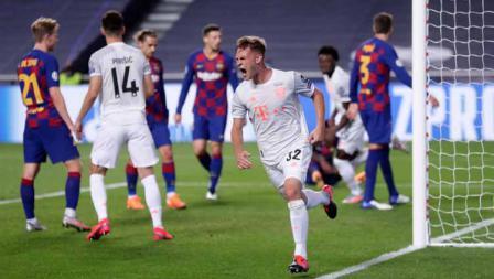 Selebrasi Joshua Kimmich usai mencetak gol ke gawang Barcelona dalam laga perempatfinal Liga Champions 2019/20.