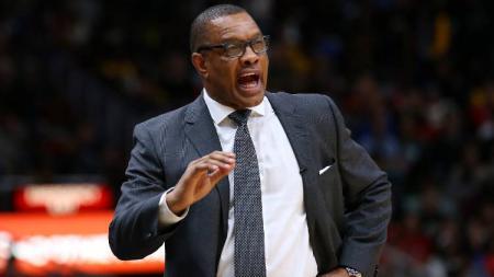 Pelatih kepala New Orleans Pelicans yang bernama Alvin Gentry dikabarkan telah dipecat dari jabatannya usai tim bermain dalam restart NBA. - INDOSPORT