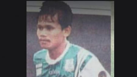 Kabar duka kembali datang dari dunia sepak bola Sumatera Utara (Sumut). Mantan kapten PSMS Medan di era '90-an, Edwin Daud, tutup usia, Sabtu (15/8/20) malam. - INDOSPORT