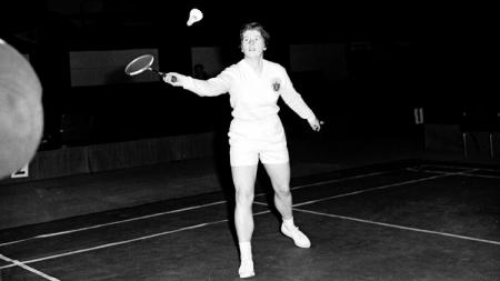 Legenda bulutangkis Judy Devlin di ajang All England. - INDOSPORT
