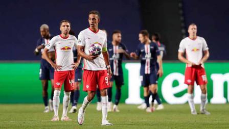 Yussuf Poulsen terlihat kecewa usai timnya kebobolan di laga semi final Liga Champions 19/08/2020 dini Hari.