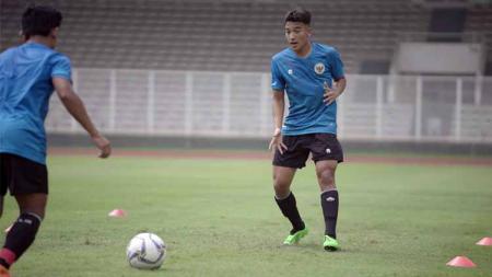 Jack Brown dalam sesi latihan di Timnas Indonesia U-19. - INDOSPORT