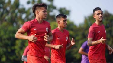 Otavio Dutra (Persija Jakarta) saat menjalani latihan perdana.