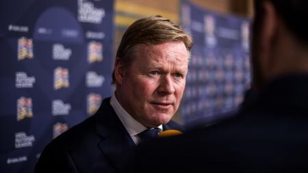 Sebanyak lima pemain sepak bola Barcelona langsung terancam didepak setelah Ronald Koeman resmi menjadi pelatih baru di klub LaLiga Spanyol tersebut. - INDOSPORT