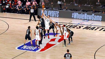 Brooklyn Nets akan menghadapi Boston Celtic dalam lanjutan NBA,  Kamis (11/03/21) atau Jumat (12/03/21) pagi waktu Indonesia. - INDOSPORT
