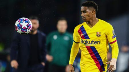 Junior Firpo diprediksi akan ketiban untung oleh pelatih baru Barcelona, Ronald Koeman. - INDOSPORT