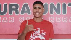 Indosport - Striker Madura United asal Brasil, Robert Junior Rodrigues Santos.
