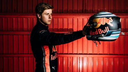 Juri Vips bakal menggantikan Sean Gelael di tiga balapan Formula 2 2020. - INDOSPORT