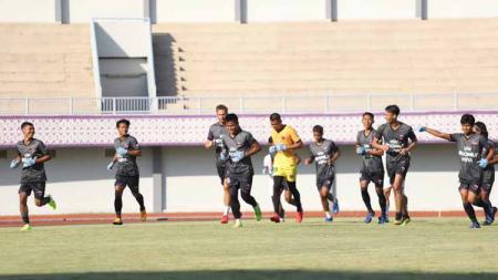 Persita Tangerang terus mempersiapkan diri jelang laga kontra Borneo FC di pekan keempat lanjutan Liga 1 2020. - INDOSPORT
