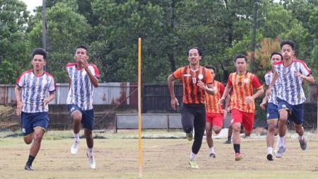Tim promosi AA Tiga Naga terus mematangkan persiapan jelang babak pendahuluan home tournament Liga 2 2020. - INDOSPORT