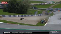 Indosport - Valentino Rossi nyaris terkena insiden di MotoGP Austria 2020.