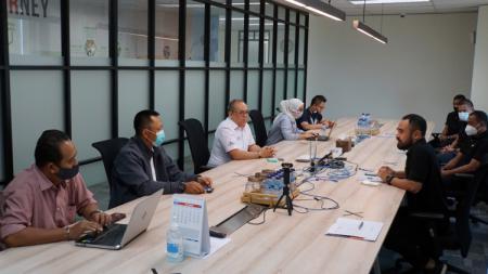 Pertemuan antara PT LIB dengan Asosiasi Pemain Profesional Indonesia (APPI). - INDOSPORT