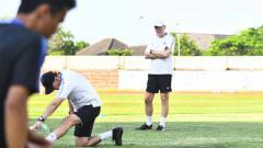 Indosport - Pelatih PSIS Semarang, Dragan Djukanovic.