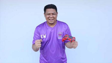 Jelang babak grand final Indonesian Football e-League (IFeL) 2020, Elul Wibowo dari Persita Tangerang turut menyoroti tiga lawan terberatnya. - INDOSPORT