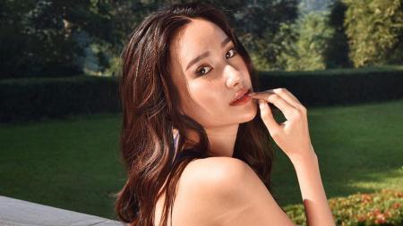 Bella Aprilia Sant, Miss Intercontinental Indonesia 2020 diketahui mendapatkan godaan dari salah satu publik figur kenamaan tanah air, Ivan Gunawan. - INDOSPORT