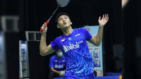 Tunggal putra Indonesia, Jonatan Christie menghadapi wakil Singapura, YLoh Kean Yew di babak pertam Yonex Thailand Open 2021, Selasa (12/01/21) di Bangkok. - INDOSPORT