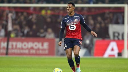 Arsenal resmi mendatangkan bek Lille, Gabriel Magalhaes. - INDOSPORT