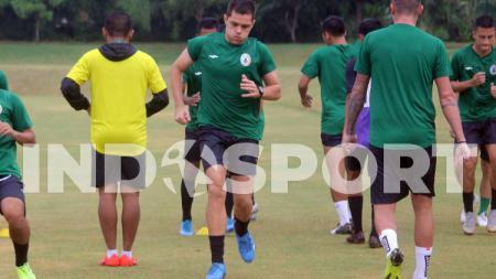 Pemain asing PSS Sleman, Guilherme Batata (tengah). - INDOSPORT