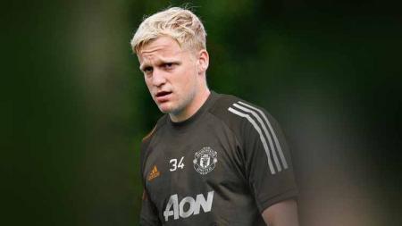 Agen dari Donny van de Beek memprotes Manchester United yang urung memberi kesempatan kepada kliennya untuk menjadi starter di Liga Inggris. - INDOSPORT