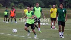 Indosport - Pemain PSS Sleman, Arhur Irawan mendapat panggilan TC Timnas Indonesia.