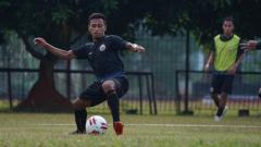 Indosport - Osvaldo Haay cetak 3 gol di internal game Persija, Sabtu (05/09/20) pagi tadi.