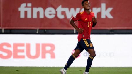 Pemain muda Barcelona, Ansu Fati, membagikan rahasia kehebatannya tampil gemilang di laga debut starter Timnas Spanyol di kompetisi UEFA Nations League. - INDOSPORT