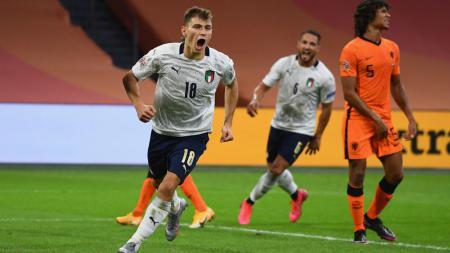Selebrasi Nicolo Barella usai mencetak gol untuk Italia ke gawang Belanda - INDOSPORT