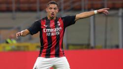 Ismael Bennacer, gelandang AC Milan yang diincar Paris Saint-Germain