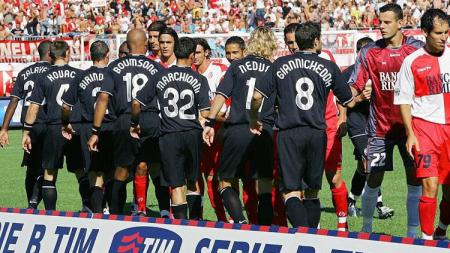 Pertandingan pertama Juventus di Serie B 2006-2007 melawan Rimini, 9 September 2006. - INDOSPORT