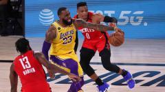 Indosport - Berikut hasil playoff NBA hari ini, Minggu (13/09/20) pagi WIB. LA Lakers mengamankan tiket ke final Wilayah Barat usai mengalahkan Houston Rockets.