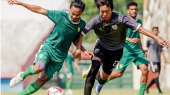 Indosport - Persebaya menang 11-0 atas tim Bintang Timur pada internal game di Stadion Gelora Delta, Sidoarjo pada Sabtu (12/09/20).