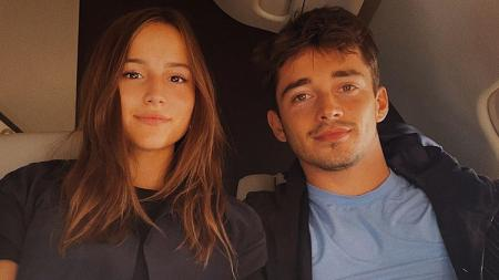 Charlotte Sine, kekasih pembalap Formula 1 (F1), Charles Leclerc (Ferrari). - INDOSPORT