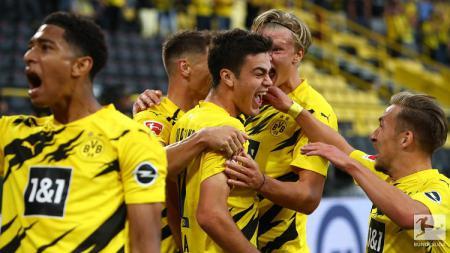 4 Pemain muda kelahiran Inggris menjadi pionir utama evolusi Borussia Dortmund yang mencoba bangkit dan merajai Bundesliga Jerman. - INDOSPORT