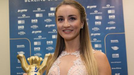 Elena Krawzow, atlet renang yang menjadi model Playboy. - INDOSPORT