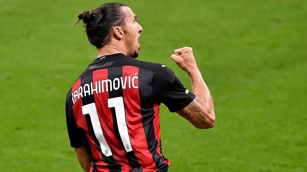 Selebrasi Zlatan Ibrahimovic dalam laga AC Milan vs Bologna Copyright: Mattia Ozbot/Soccrates/Getty Images