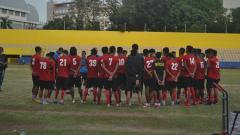 Indosport - Klub Liga 2 Sriwijaya FC berhasil menang telak 9-1 dari lawannya Persipra Prabumulih, di lapangan Prabumulih, Sabtu (17/10/20).