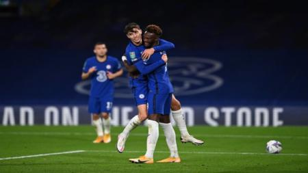 Kai Havertz berselebrasi dengan Tammy Abraham - INDOSPORT