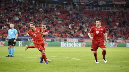 Javi Martinez usai mencetak gol bagi Bayern Munchen vs Sevilla di ajang UEFA Super Cup 2020. - INDOSPORT