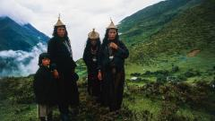 Indosport - Penduduk asli Bhutan dari suku Layap.