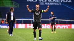 Indosport - Negoasiasi terlalu lama, Juventus dikabarkan menyiapkan manuver untuk menikung Arsenal dalam perburuan untuk mendapatkan Houssem Aouar dari Olympique Lyon.